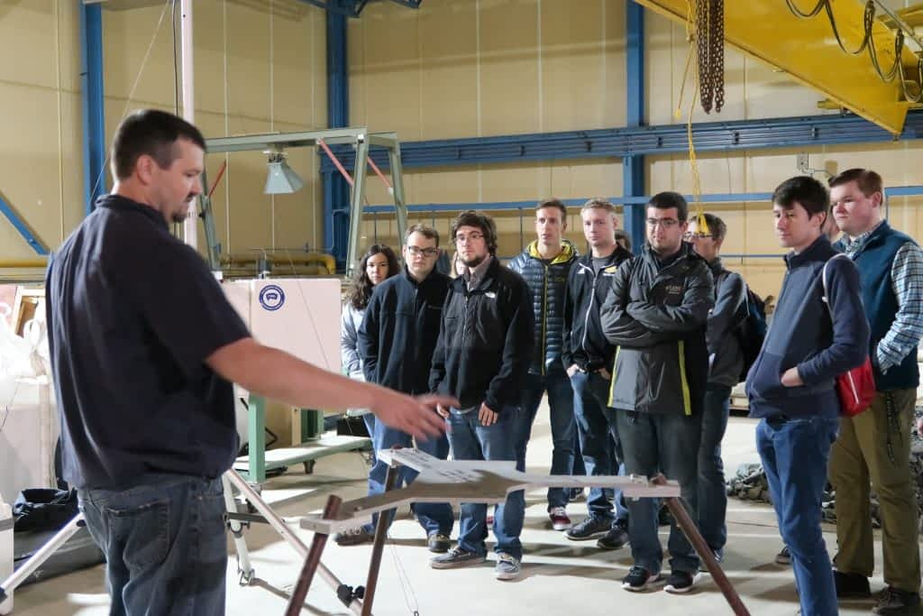 Students visit Cold Regions Research and Engineering Lab (CRREL)